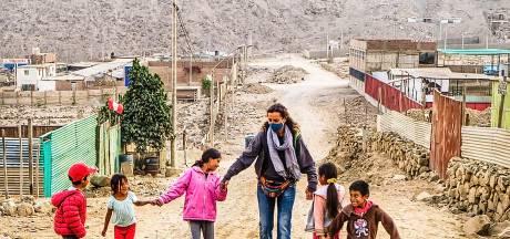 Leonie van Iersel vecht voor toekomst kinderen Peru, maar ondertussen kent Covid-19 geen mededogen: 'Mensen zijn ra-de-loos'