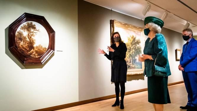 Prinses Beatrix bezoekt expositie in Dordrechts Museum
