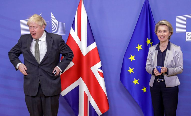Boris Johnson en EU-commissievoorzitter Ursula von der Leyen. Beeld Hollandse Hoogte / AFP