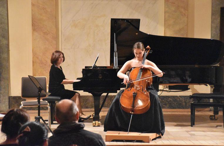 De tweede avond van het vierdaagse festival 'Cello Spring' in Krakau was volledig aan de Halse cellist gewijd.