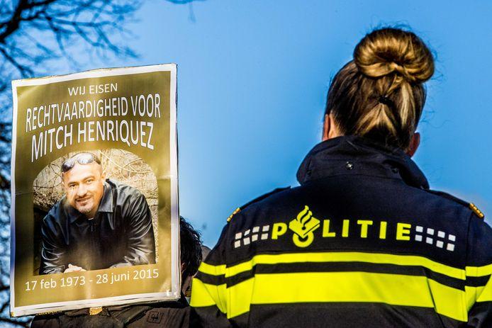Ook afgelopen weekend was er in Den Haag een demonstratie tegen politiegeweld.