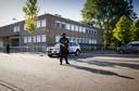 Beveiliging bij de extra beveiligde gerechtsbunker in Amsterdam-Osdorp tijdens een zitting in het Marengo-proces rond hoofdverdachte Ridouan Taghi en 16 medeverdachten.