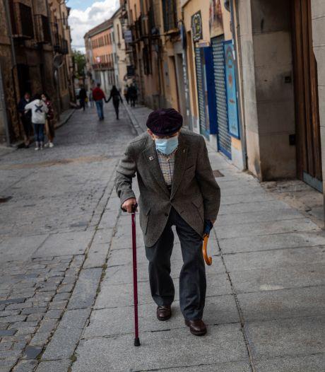 LIVE | Spanje coronakoploper van Europa, Randstad bereidt zich voor op strengere maatregelen