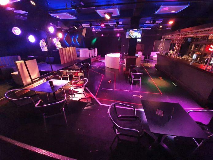 Club The 27