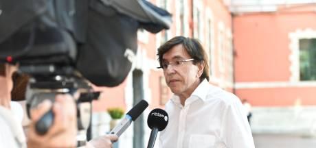 """Les """"discussions exploratoires"""" entre PS, Ecolo et MR suspendues jusqu'au 15 août"""