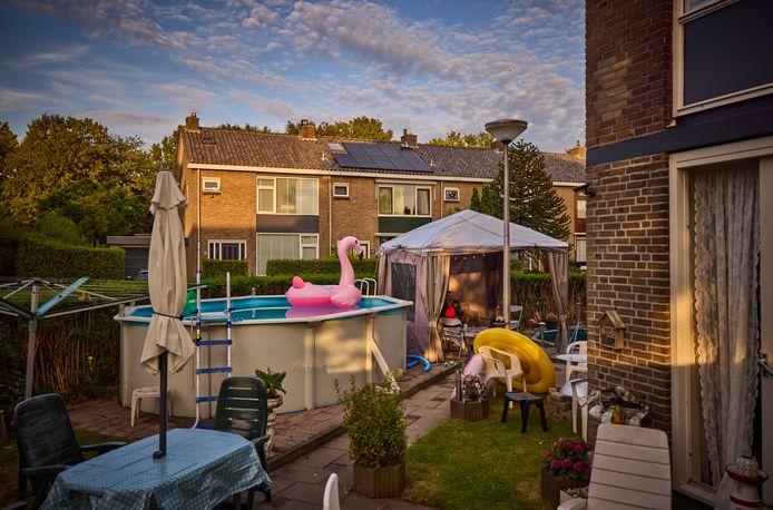 Nederland, Spijkenisse, 12/08/2021,  Ook in Spijkenisse-Noord zijn huizen opgekocht en worden voor veel geld verhuurd.