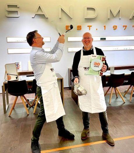Kookboek van Apeldoornse chef-koks bracht al meer dan 50.000 euro op: 'Nooit verwacht'