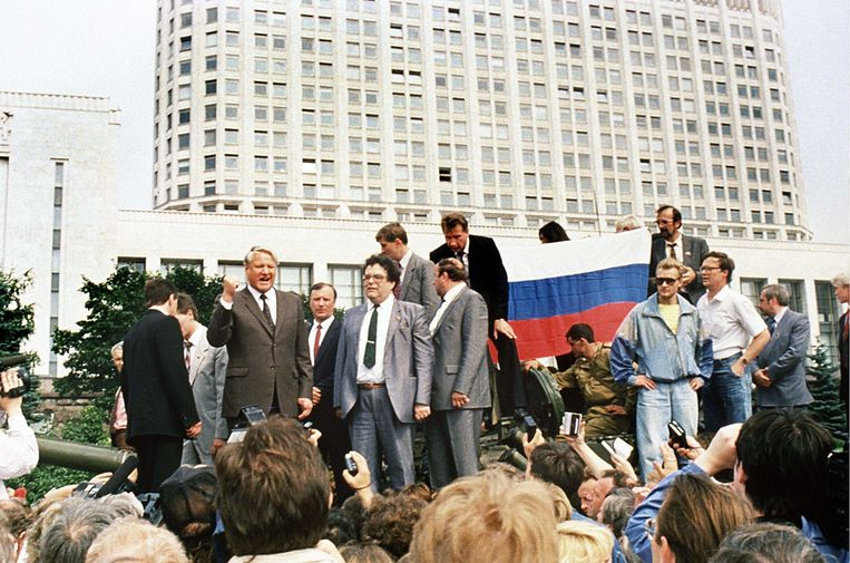 De opkomst van Boris Jeltsin (l) betekende het einde van de Sovjet-Unie. Beeld AFP