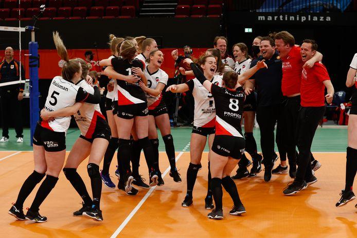 Met het winnen van de bekerfinale in Groningen verzekerde Apollo 8 zich van een ticket voor Europees volleybal. De club heeft zich ingeschreven voor de Challenge Cup.