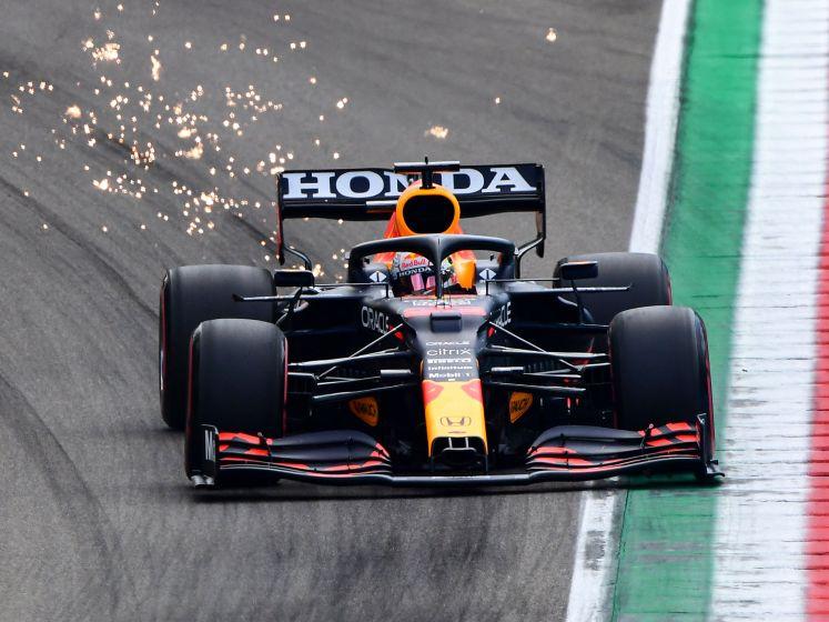 Verstappen redt het niet: Hamilton heeft 99ste pole binnen