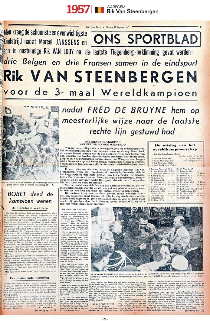 """1957 - Rik Van Steenbergen mag voor de derde keer """"de witte trui met de veelkleurige band omgorden"""", zo staat er te lezen."""
