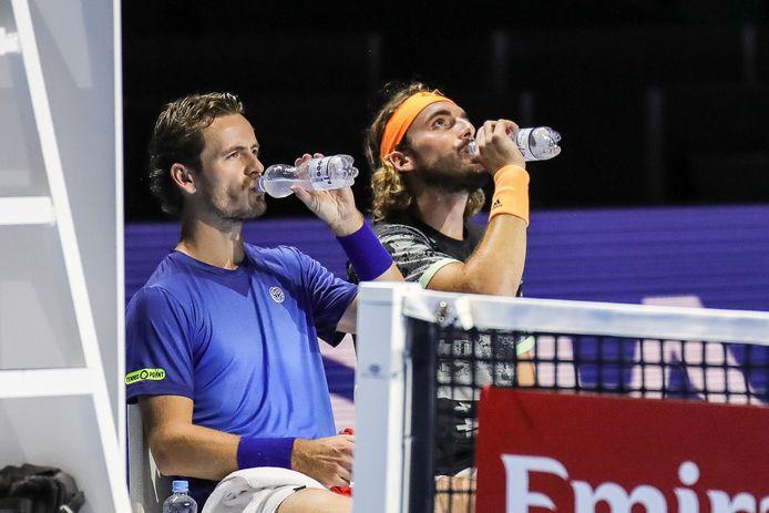 Wesley Koolhof (links), samen met  Stefanos Tsitsipas.