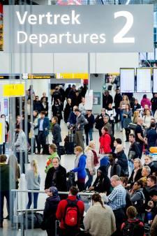 Schiphol zakt op ranglijst meeste directe vluchten