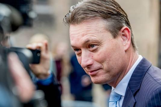 Halbe Zijlstra in de Stadhouderskamer voor een gesprek met formateur Mark Rutte
