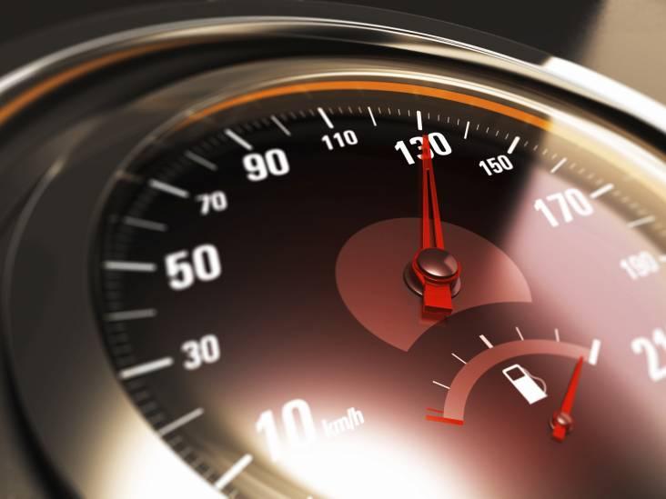 Automobilist rijdt 50 kilometer per uur te hard over A2 bij Vught; rijbewijs ingevorderd
