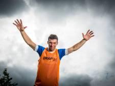 PEC-speler Pelle Clement voetbalde samen met Frenkie de Jong. 'Hij vraagt regelmatig hoe het in Zwolle gaat'