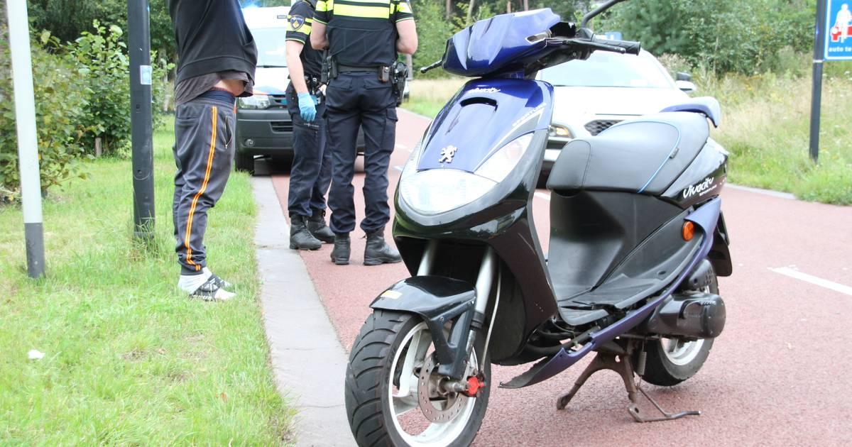 Fietser gewond bij aanrijding met scooter in Nijverdal.
