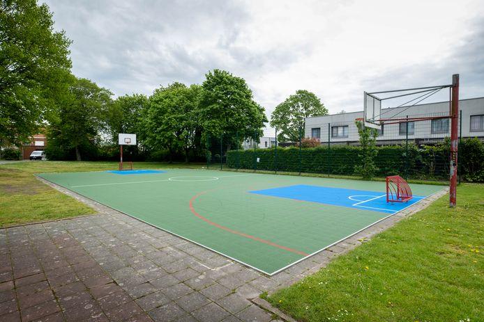 De Gandhiwijk in Mechelen heeft voortaan een eigen natuurspeelplaats en een nieuw trapveldje.
