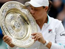 Barty maakt favorietenrol waar en verslaat Pliskova in Wimbledon-finale: 'Dit is een wonder'