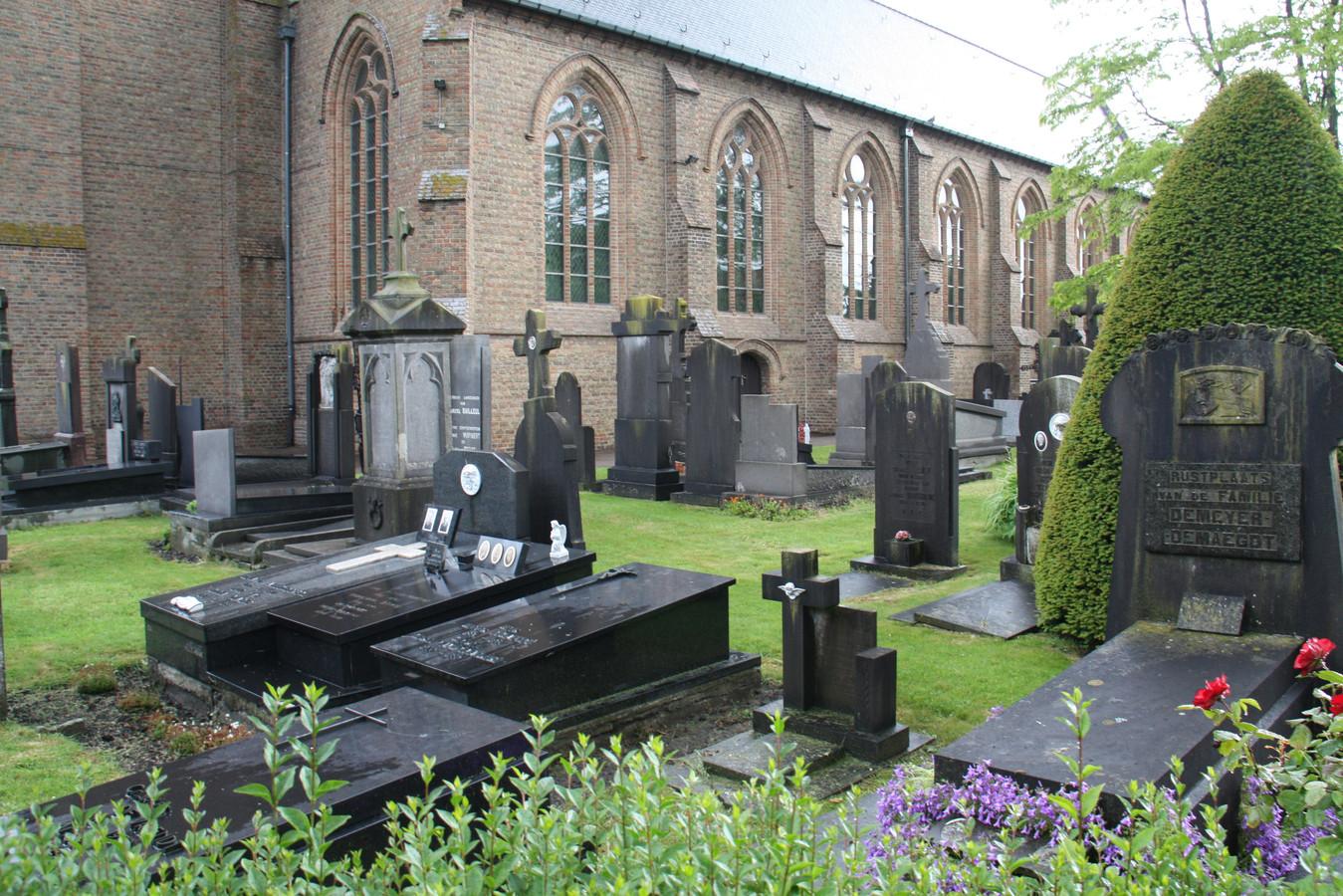 Het kerkhof in Keiem sluit op 1 januari.
