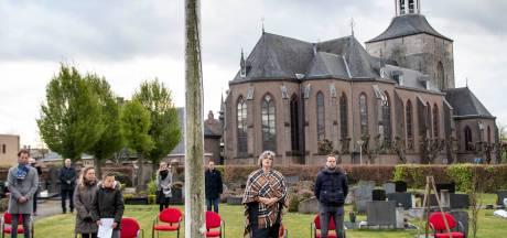 Tubbergen staat tijdens Dodenherdenking stil bij de moed van Toon Haselbekke