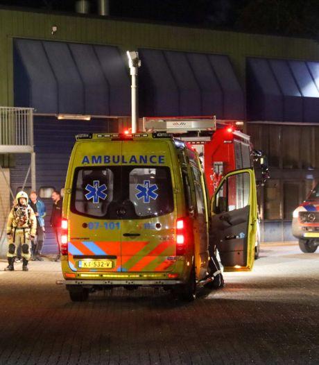Kleding vat vlam bij wasserij CleanLease in Nijkerk