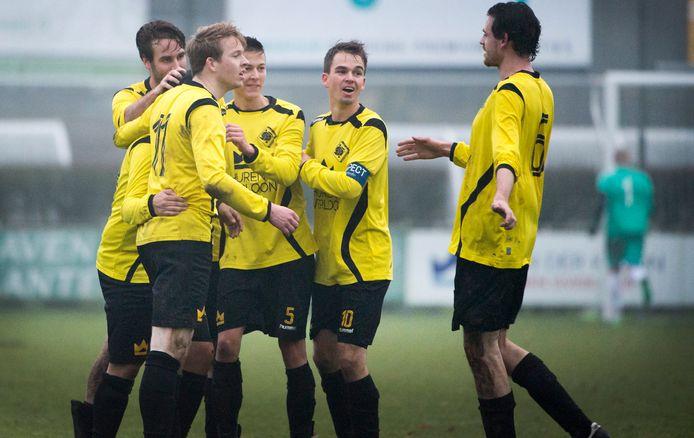 Teun van Bree (links) met de zijn collega-spelers van SSS'18.