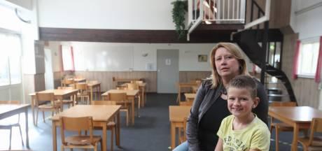 Wel volle winkels en terrassen, maar 'veilig' op schoolkamp mag niet