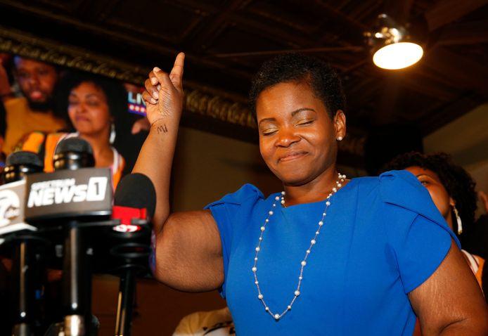 Âgée de 38 ans, India Walton a créé la surprise en triomphant, avec 51,8% des voix contre 44,8%, de l'actuel maire, Byron Brown (62 ans), qui briguait mardi un cinquième mandat consécutif.