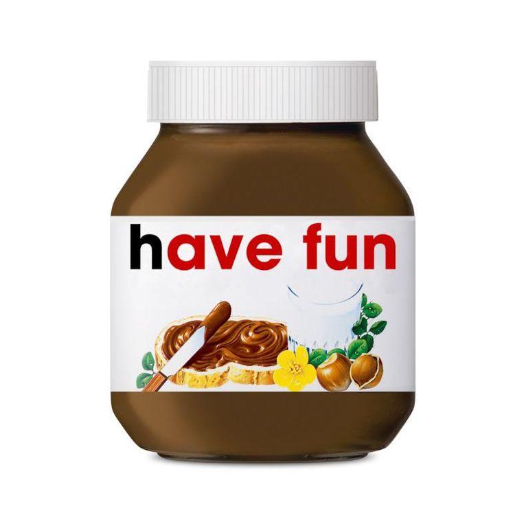 Zeg iets liefs tegen je naasten met een pot Nutella ...