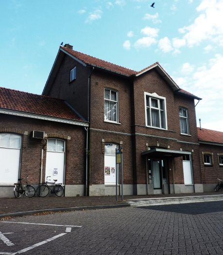 Eindelijk duidelijkheid: dit komt er in het al jaren leegstaande stationsgebouw in Vorden