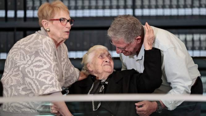 Broer en zus herenigd met Griekse heldin (92) die hen redde tijdens Tweede Wereldoorlog