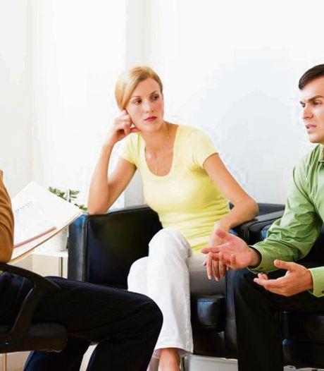 Op het punt om te scheiden? Bunschoten betaalt relatietherapie: 'Schade bij kinderen tegengaan'