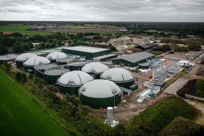 Een mestverwerkingsfabriek in Sterksel. In Tilburg wil VTTI een soortgelijke fabriek neerzetten.