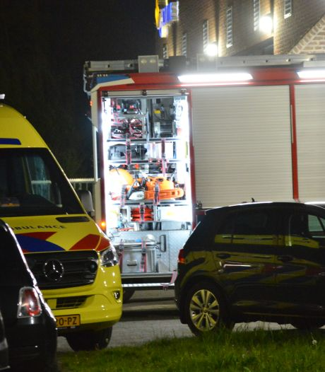 Man sticht brand in cellencomplex Breda