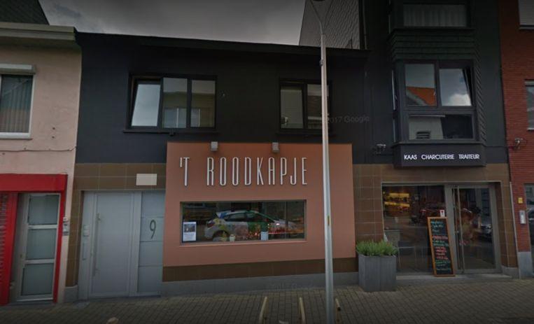 't Roodkapje in de Lieve Vrouwestraat is verkocht.