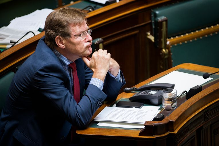 Johan Van Overtveldt in de Kamer. Beeld BELGA