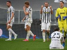 Juventus doet in duel met rode kaarten en strafschoppen goede zaken tegen kampioen Inter