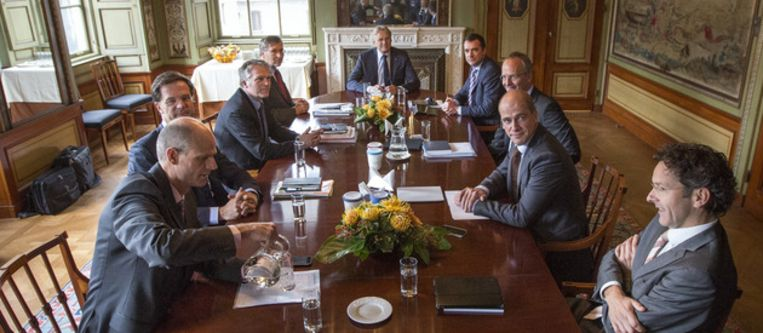 De onderhandelaars bijeen in de Stadhouderskamer Beeld ANP