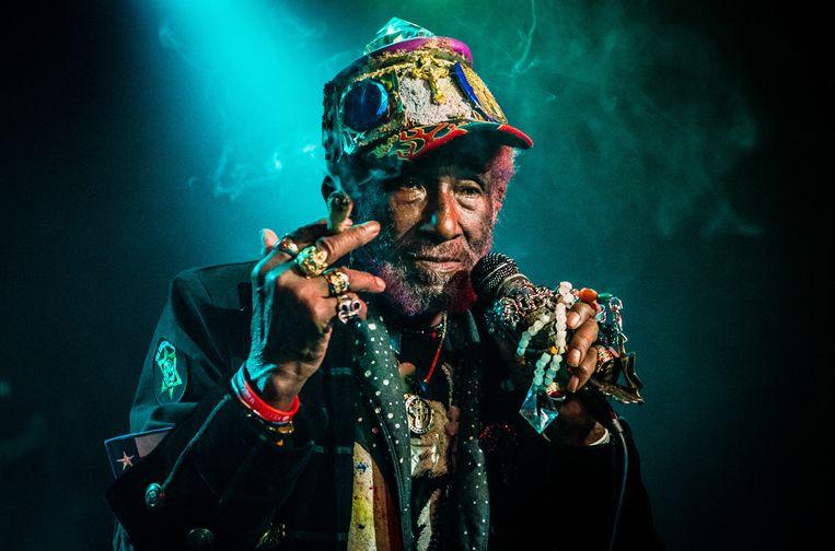 Lee 'Scratch' Perry was van grote invloed op onder meer Bob Marley. Diens groep The Wailers dankt zijn reggaesound aan de legende. Beeld Paul Bergen