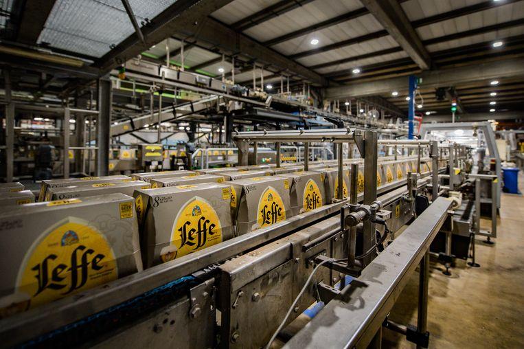 De brouwerij van AB InBev in Leuven. De families achter het bierimperium, zoals de familie de Spoelberch, behoren tot de rijkste van België. Beeld Joel Hoylaerts / Photo News