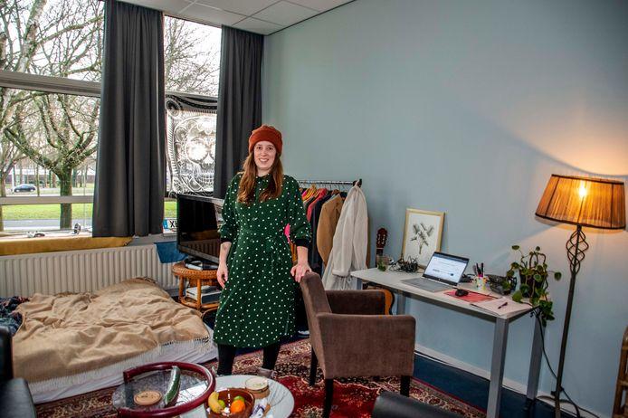 Nu nog antikraak, Renée van der Hoff is op zoek naar een vaste stek. Maar dat is kut als je net door corona je baan bent kwijtgeraakt.