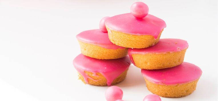 """Femke: """"Er gebeurt iets met mij als ik een pak roze koeken heb opengemaakt"""""""