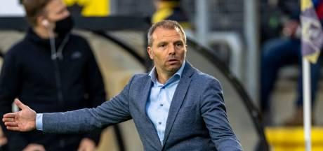 NAC-trainer Maurice Steijn in het zadel gehouden door raad van commissarissen: 'Tijd van ruzie moet voorbij zijn'