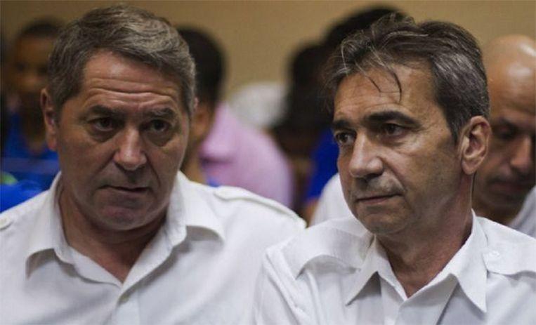 Piloten Pascal Fauret en Bruno Odos ontsnapten vorige week in ware 'James Bond'-stijl uit de Dominicaanse Republiek. Beeld AFP