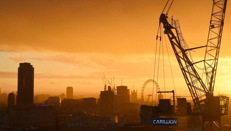 Een kraan van Carillion bij een bouwproject in Londen. Beeld null