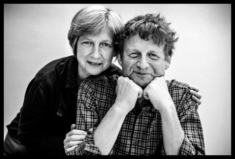 Lieve Seuntjens met Dirk Van Duppen: 'Die Prijs voor de Mensenrechten voor Dirk kwam een beetje vroeg – ik zat nog in een rouwproces. Ik wilde even op de pauzeknop duwen en nog vasthouden aan wat er was geweest.' Beeld Saskia Vanderstichele