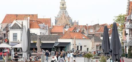 Bewoner Zierikzee kan zijn raam niet meer openen door dakkapel buurman: de gemeente grijpt in