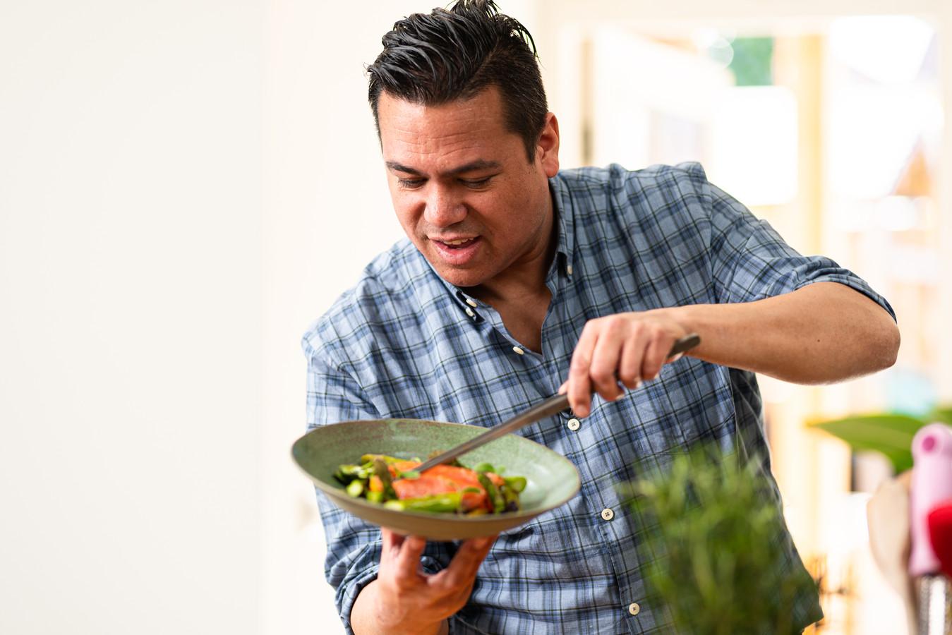 Danny Jansen maakt de recepten.