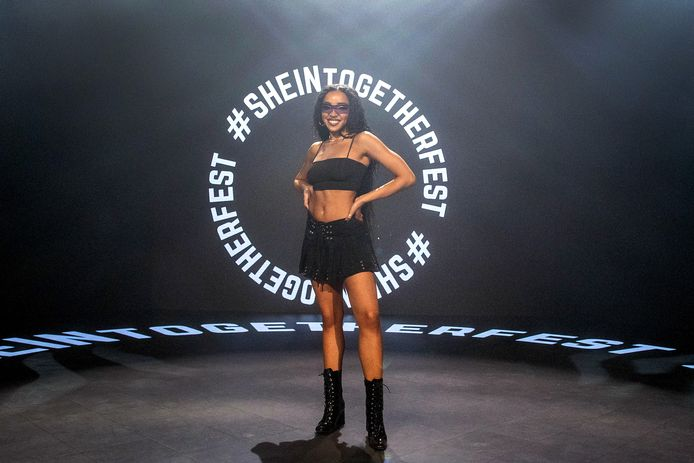 De Amerikaanse singer-songwiter Tinashe in mei dit jaar bij het 'SHEIN Together Fest' in de Amerikaanse stad Los Angeles.